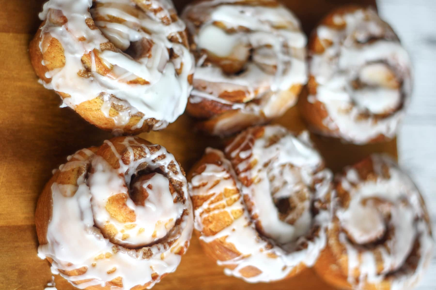 Easy Cinnamon Rolls swirled with icing