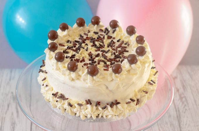 Easy Ice Cream Birthday Cake